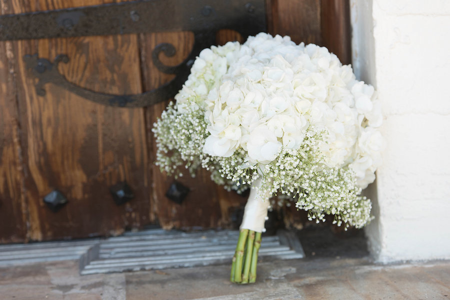 White Floral Wedding Bouquet with Baby's Breath Accent | Photo by Tampa Bay Wedding Photographer Kristen Marie Photography