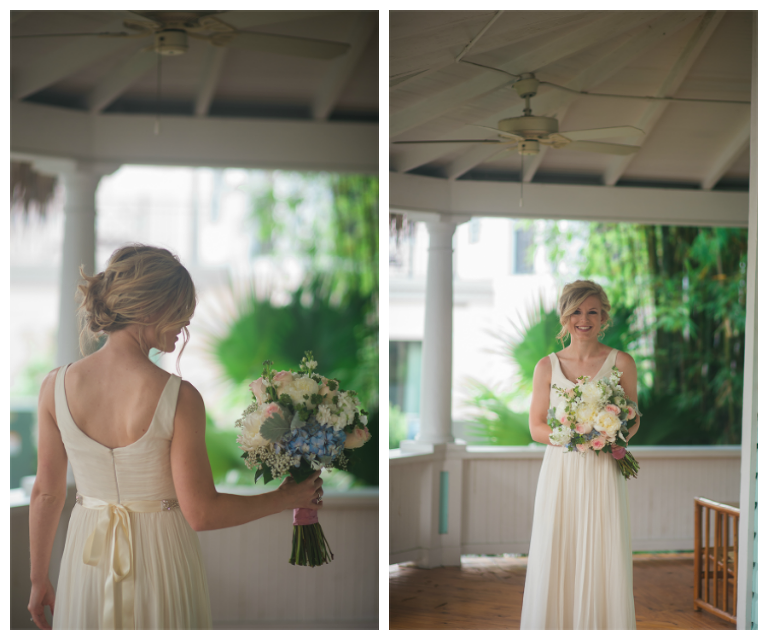 Bridal Wedding Portrait in Ivory J.Crew Wedding Dress and Ivory and Pink Floral Wedding Bouquet with Greenery and Hydrangeas | St. Petersburg Wedding Photographer Kera Photography