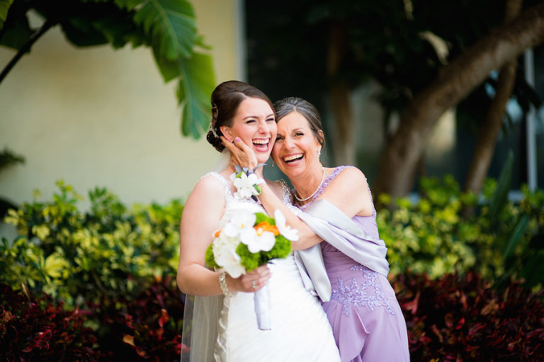 Bride and Daughter on Wedding Day before Ceremony | Tampa Wedding Photographer Kera Photography