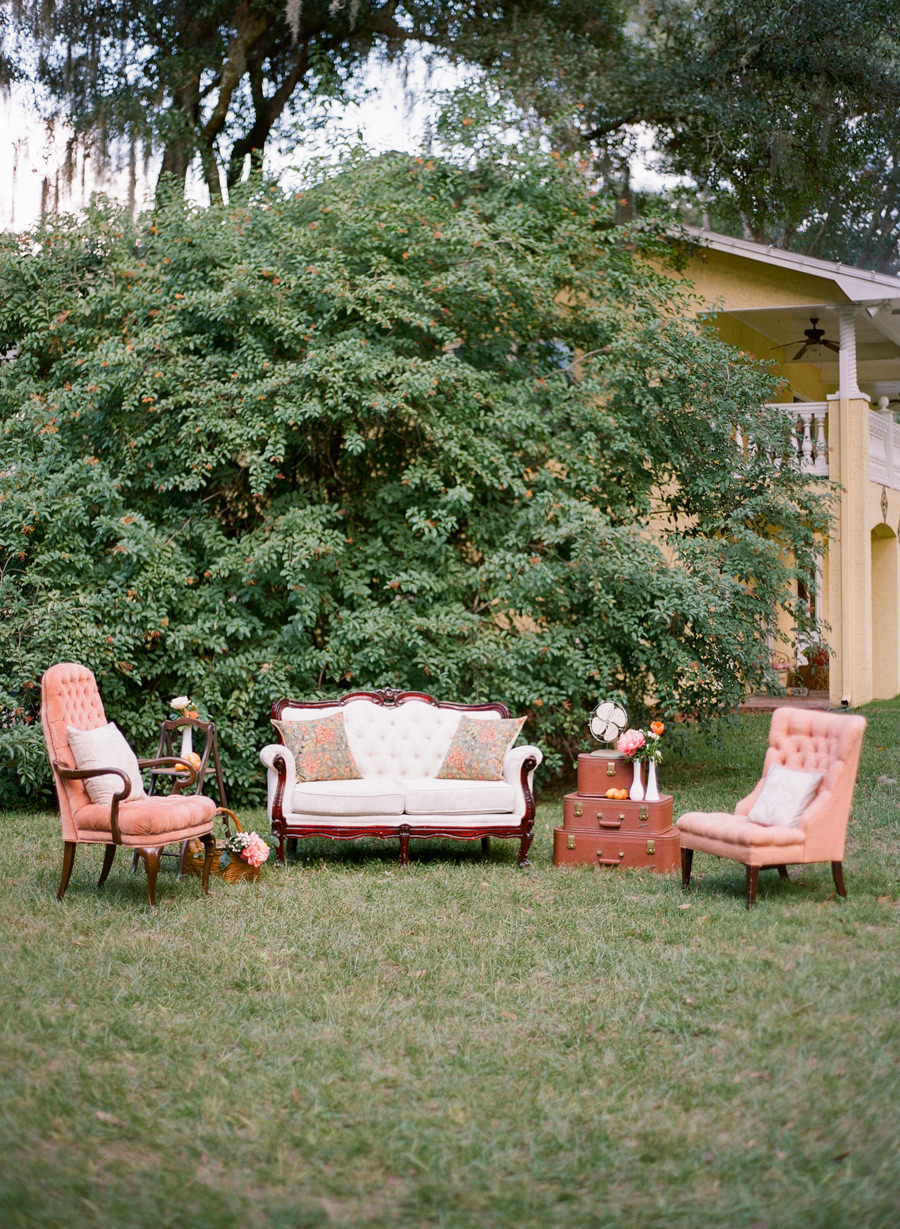 Outdoor Wedding Lounge with Vintage Chairs | Tampa Bay ...