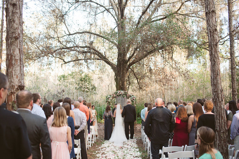 Outdoor Woods Wedding Ceremony: Land O' Lakes Rustic, Glam Wedding In The Woods
