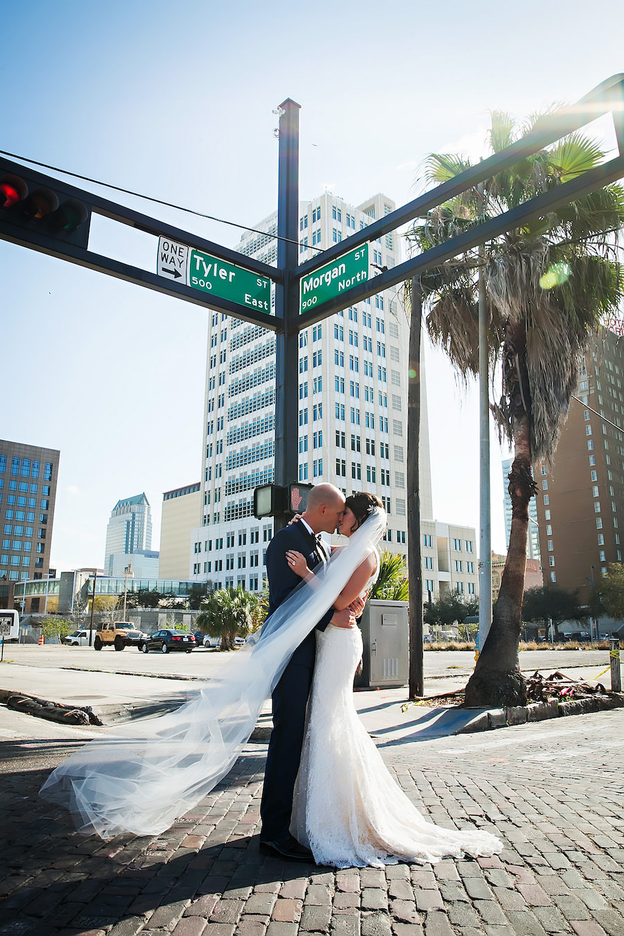 Downtown Tampa Wedding Portrait with Cityscape Background | Tampa Wedding Photographer Limelight Photography