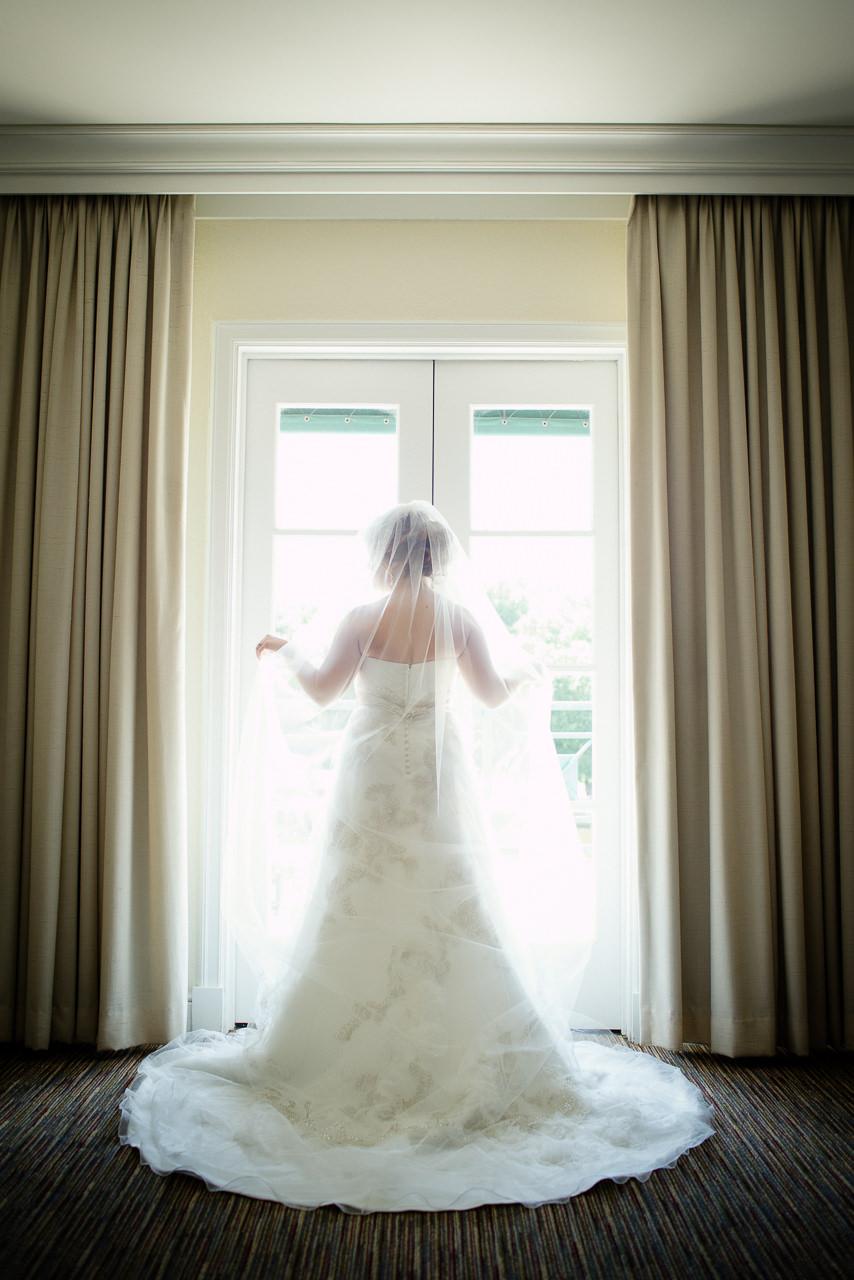 Tampa, Indoor Bridal Wedding Portrait in Ivory Bridal Dress and Veil | Tampa Wedding Photographer Jeff Mason Photography
