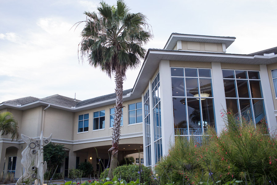 Waterfront St. Petersburg Wedding Venue Isla Del Sol Yacht and Country Club