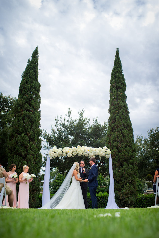 Outdoorm Tampa Garden Wedding Ceremony Venue The Palmetto Club | Jeff Mason Photography