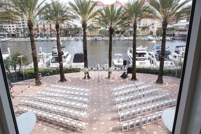 Downtown Tampa Outdoor, Waterfront Wedding Ceremony Venue Marriott Waterside | Tampa Wedding Photographer Carrie Wildes Photography