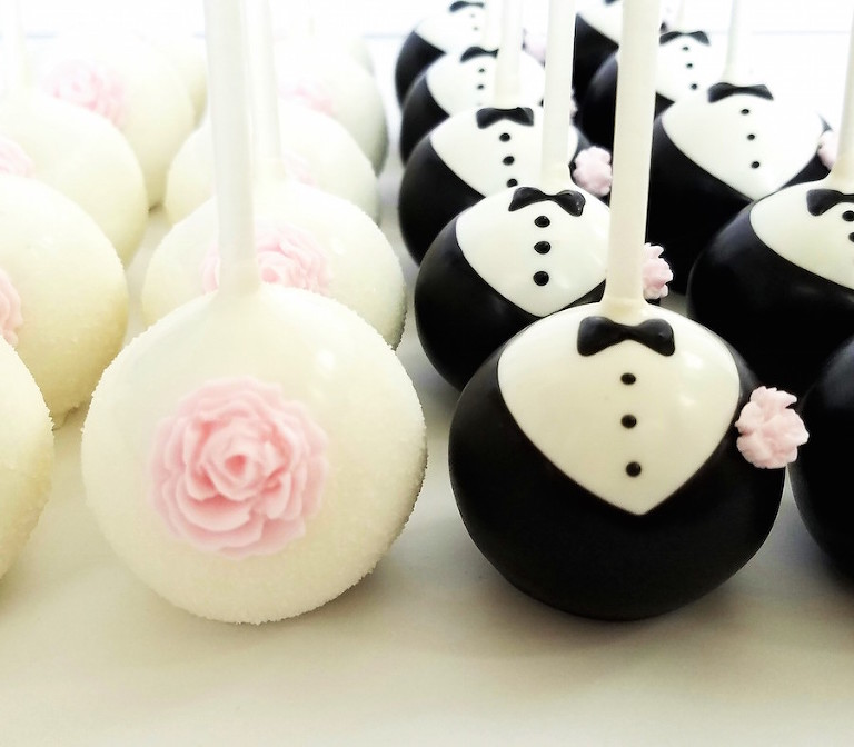 Bride and Groom Custom Wedding Cake Pops | Custom Cake Pop Wedding Dessert Favors in Tampa Bay by Sweetly Dipped Confections