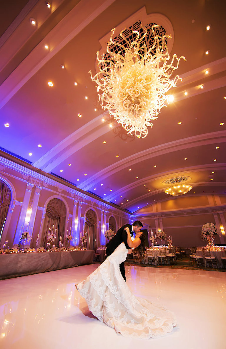 Exclusively weddings archives marry me tampa bay local real luxurious ballroom wedding vinoy renaissance wedding kallie and joshuas downtown st pete wedding featured a classic color palette and luxurious ballroom junglespirit Gallery