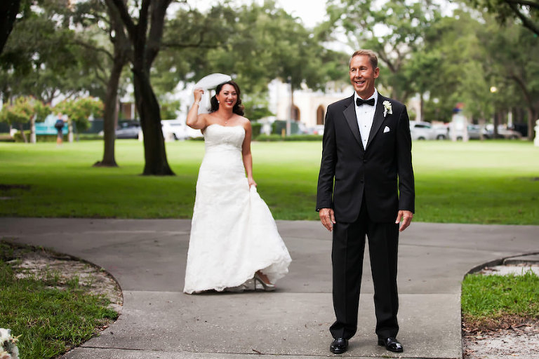 Bride and Groom First Look in Downtown St. Pete Park | St. Petersburg Wedding Photographer Limelight Photography