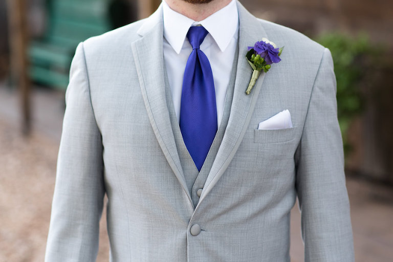 Light Grey Wedding Suit with Purple Tie and Boutonniere | Tampa Wedding Photographer Caroline and Evan Photography