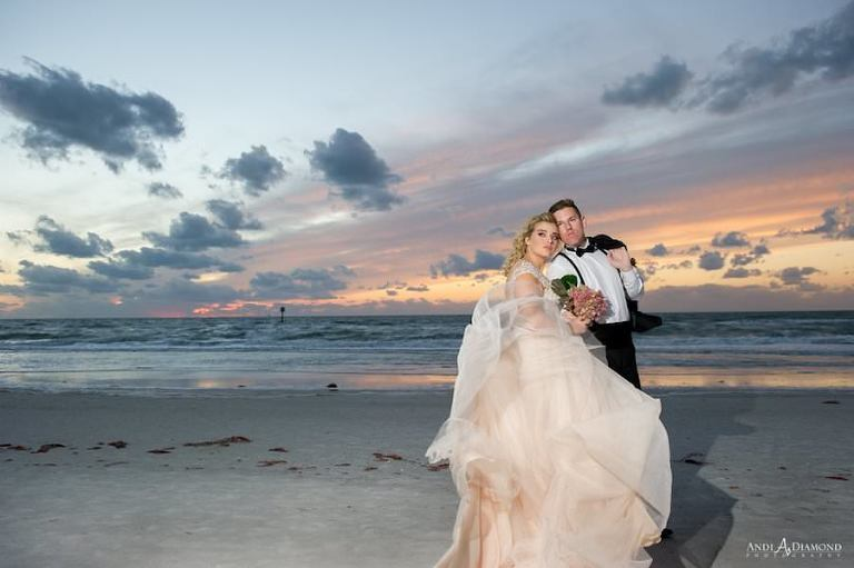 Bride and Groom Sunset Beach Wedding Portrait | Clearwater Beach Wedding Venue | Wyndham Grand Clearwater Beach