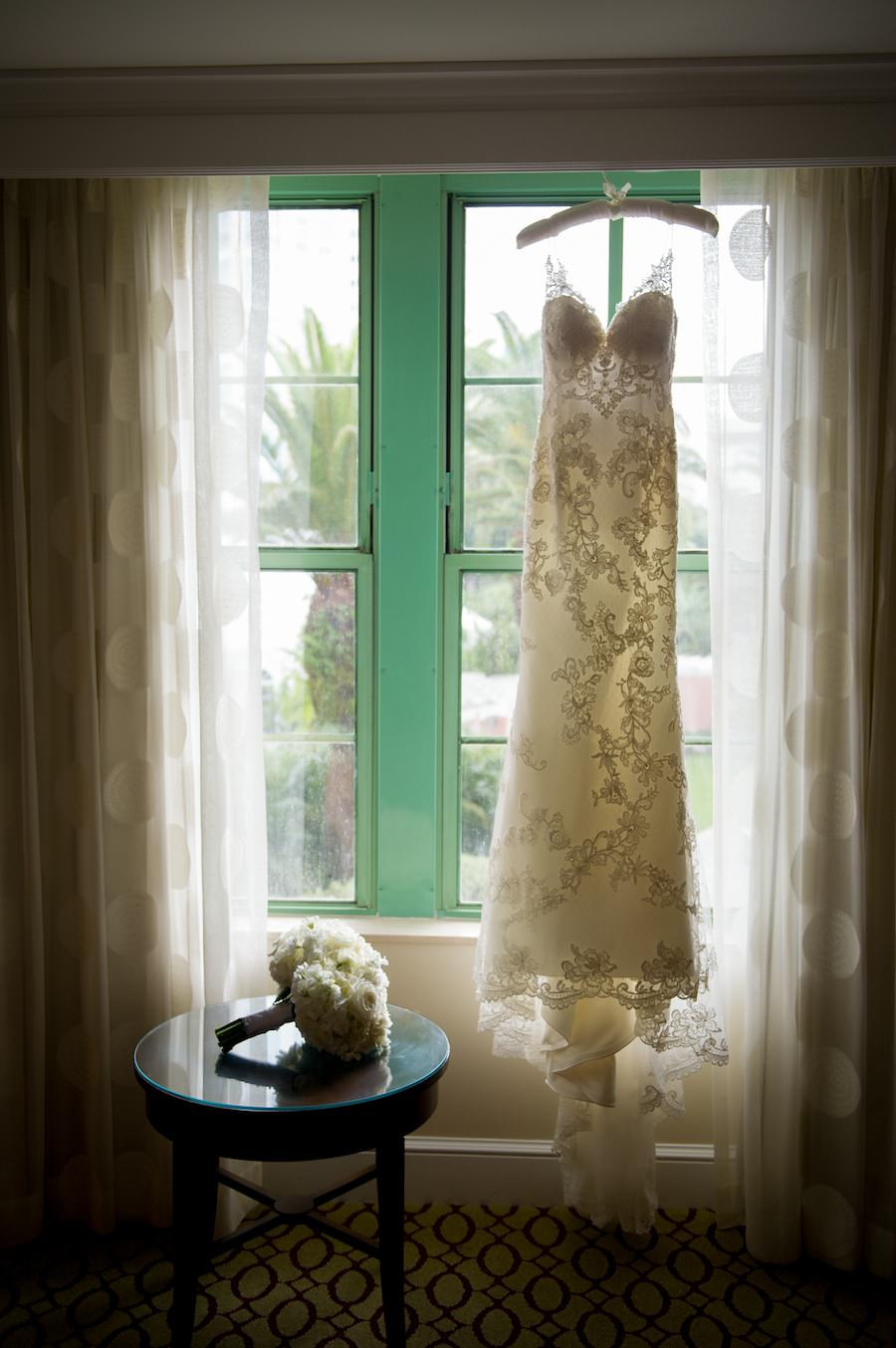 White Sweetheart Lace Wedding Dress with Straps