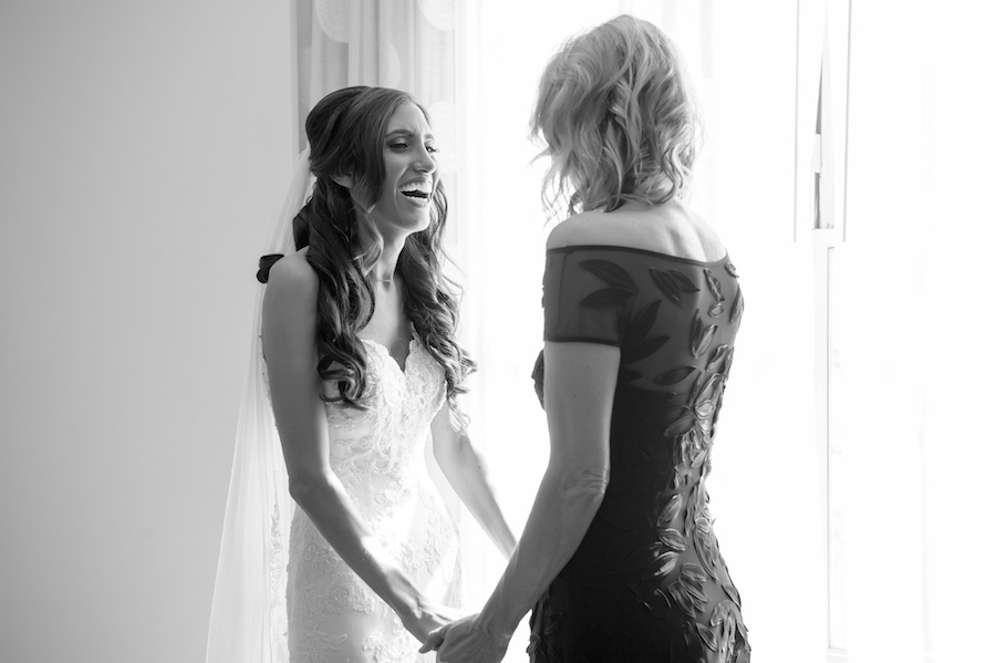 Bridal Wedding Portrait with Mother of the Bride | St. Petersburg Wedding Photographer Andi Diamond Photography