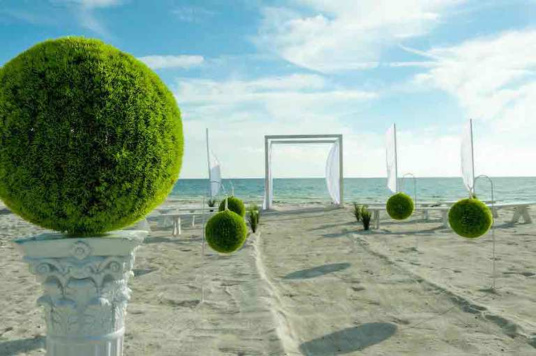 Miami Modern Inspired Florida Beach Wedding Ceremony | Tampa Beach Wedding and Florida Destination Wedding Planners Gulf Beach Weddings