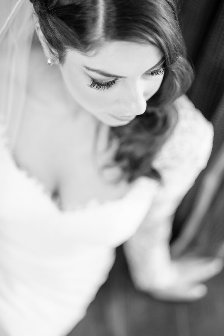 Bridal Beauty Portrait Hair and Makeup Detail | Tampa Wedding Photographer Andi Diamond Photography | Lindsay Does Makeup