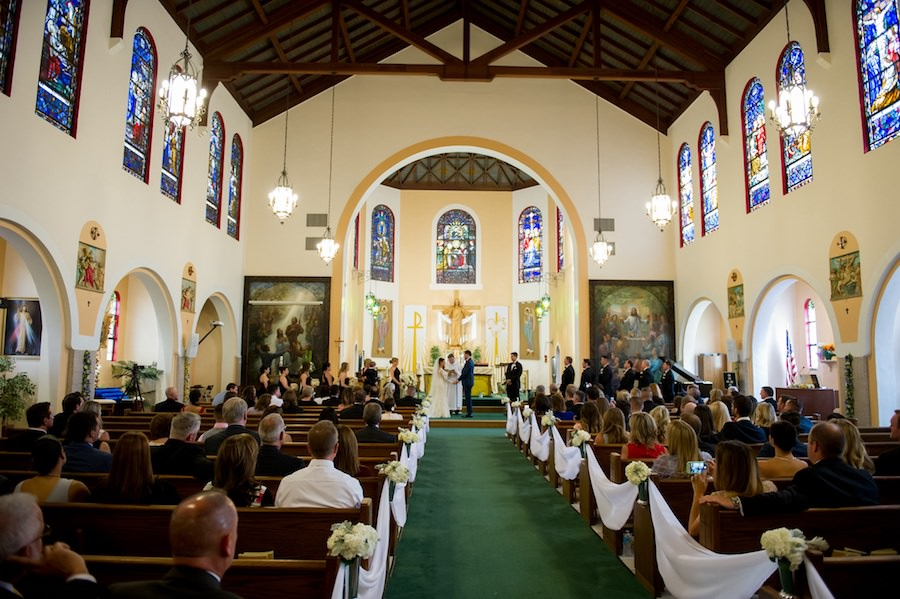 Bride and Groom Exchanging Vows at Tampa Wedding