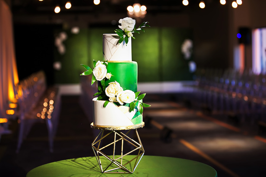 Geometric Green, White and Gold Modern Round Wedding Cake with White Flowers | Tampa Bay Wedding Cake Baker The Artistic Whisk | Green Wedding Inspiration
