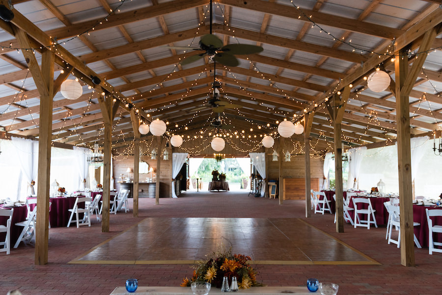 Outdoor Tampa Bay Barn Wedding Reception at Cross Creek Ranch | Tampa Bay Wedding Photographer Carrie Wildes Photography