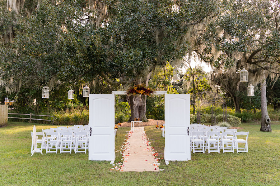 Outdoor Florida Rustic Wedding Ceremony at Cross Creek Ranch | Tampa Bay Wedding Photographer Carrie Wildes Photography