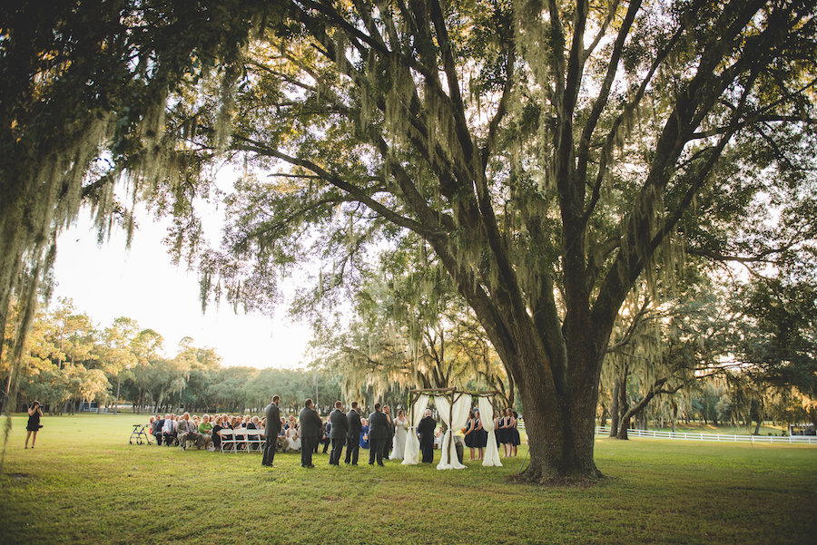 Outdoor Rustic Dade City Wedding Venue | Outdoor Rustic Tampa Bay Wedding Ceremony with Large Oak Trees | The Lange Farm
