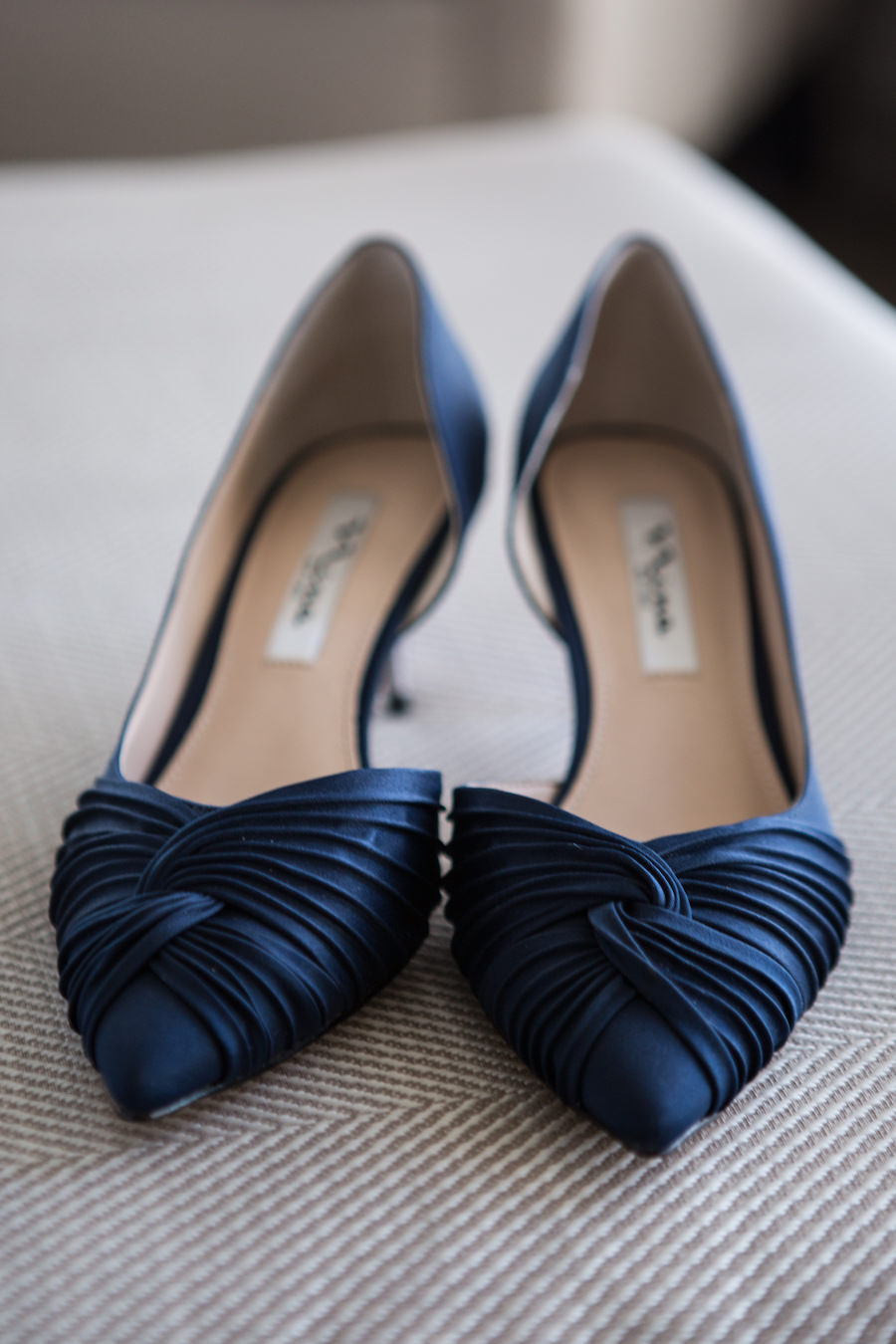 Classic Navy Blue Kitten Heel Pointed Toe Wedding Shoes