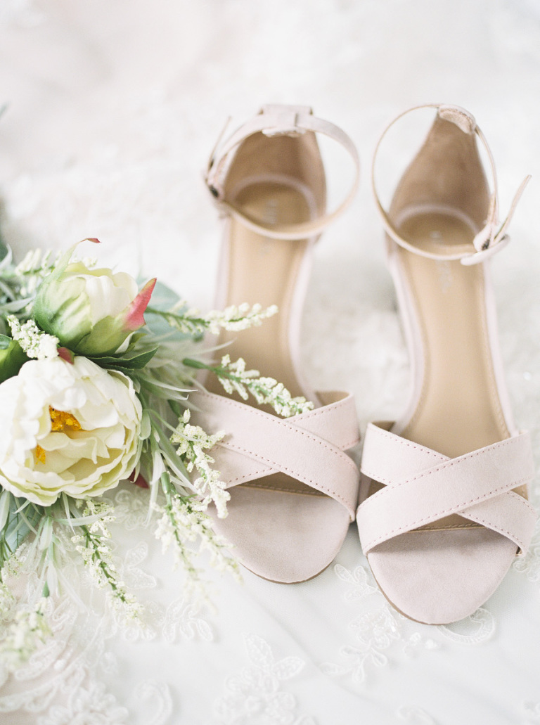 Ivory Strappy Sandal Wedding Shoes with White Floral Bouquet
