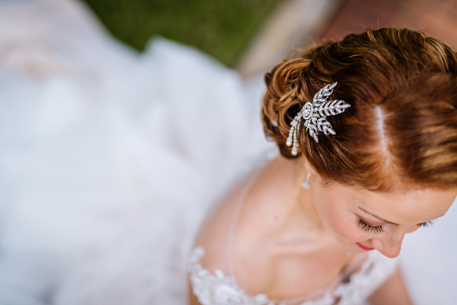 Bridal Hair with 1920s inspired Hair Accessory