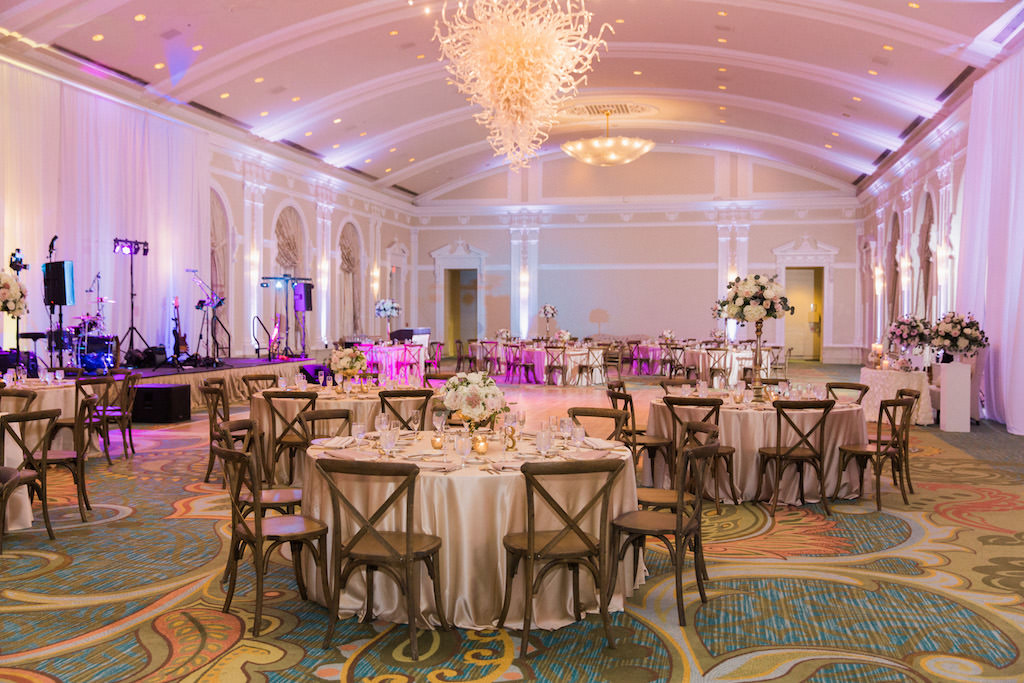 Pros And Cons Of Outdoor Wedding Venues: Elegant Blush Pink And Navy Outdoor Downtown St. Pete