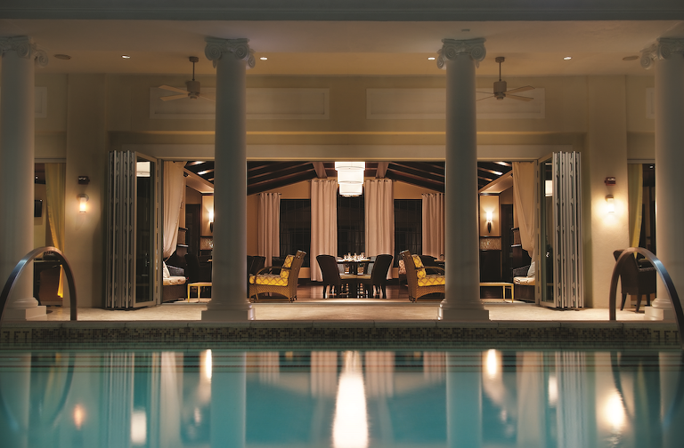 Reunion Resort   Orlando Destination Wedding Venue   Eleven Rooftop Pool Restaurant
