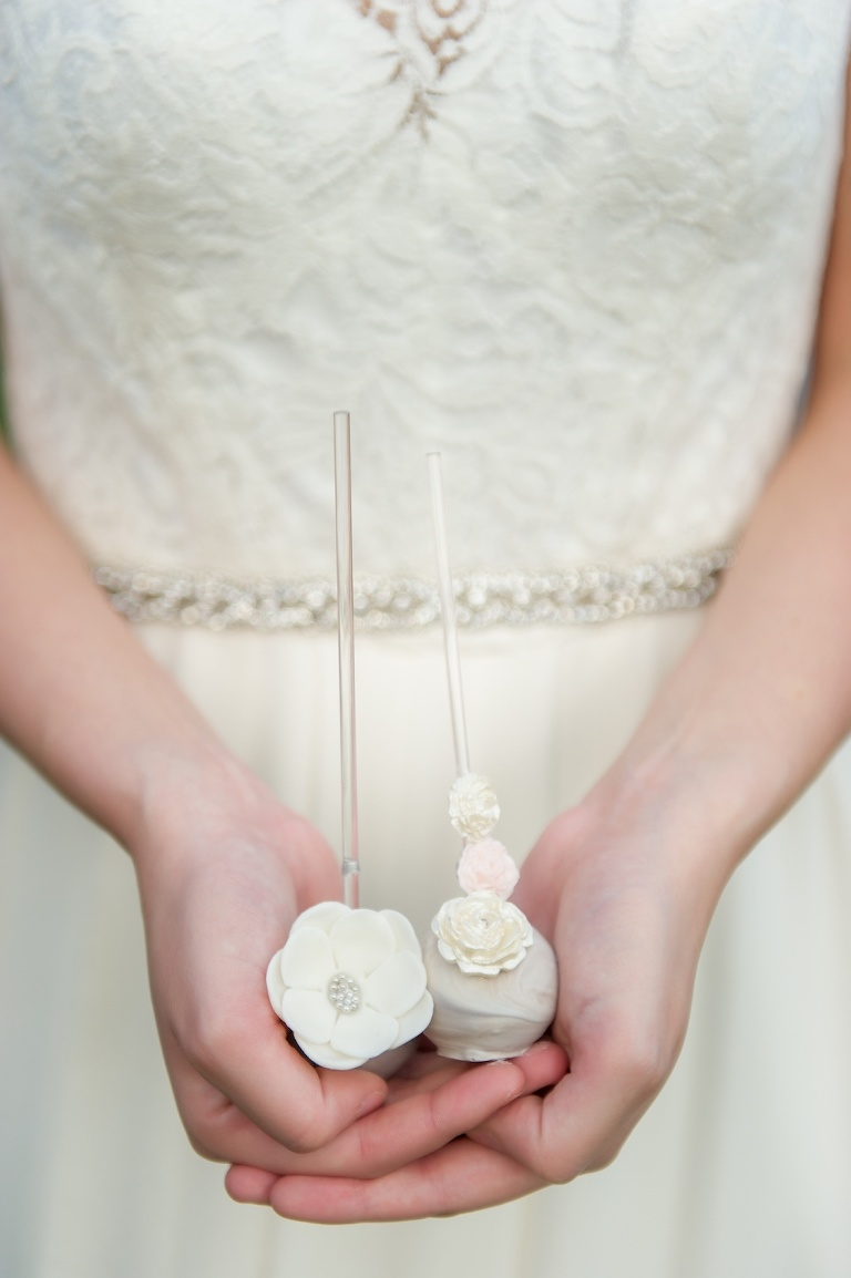 Elegant Gray and White Floral Southern Wedding with Delicate Cake Pops decorated with Blush Flowers | Tampa Bay Wedding Desserts Sweetly Dipped Confections