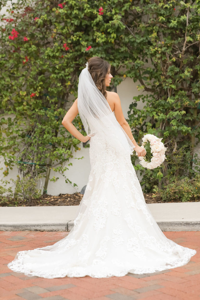 Romantic south tampa waterfront wedding westshore yacht club for Wedding dresses tampa bay area