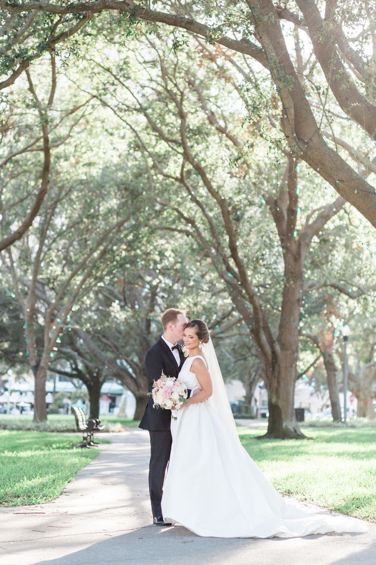 Outdoor Park Bride and Groom Wedding Portrait, Bride in A Frame Rosa Clara Bridal Dress with White and BLush Pink Bouquet