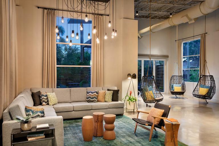 South Tampa Hotel Wedding Venue, Hotel Alba, Tapestry by Hilton