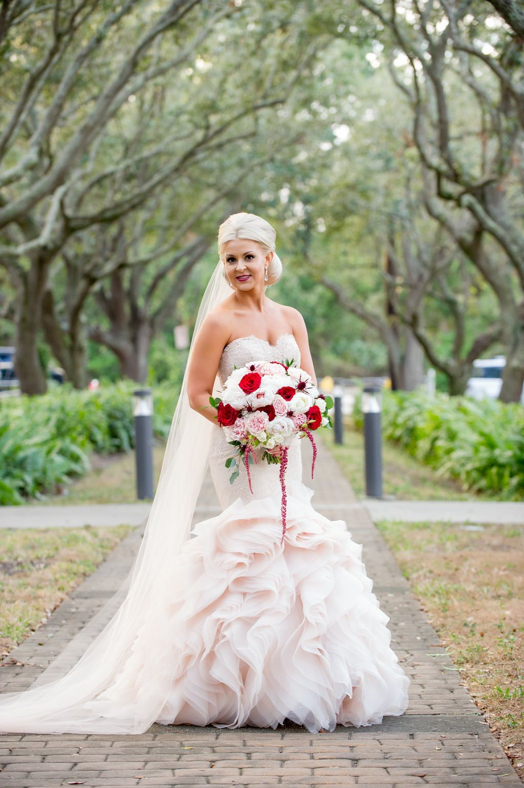 Outdoor Park Bridal Portrait In Blush Pink Strapless Layered Mermaid Wedding Dress With Red Rose And White Floral Greenery Bouquet Ta: Red Diamond Wedding Dresses At Reisefeber.org