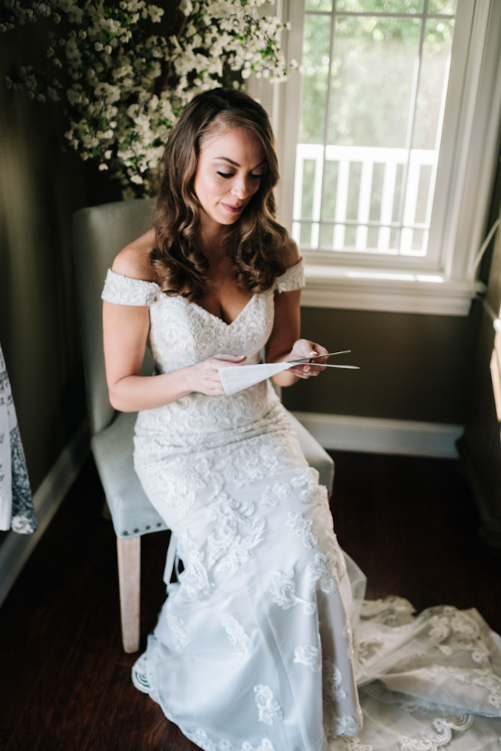 Tampa Bay Bride Reading Letter From Groom On Wedding Day Marry Me
