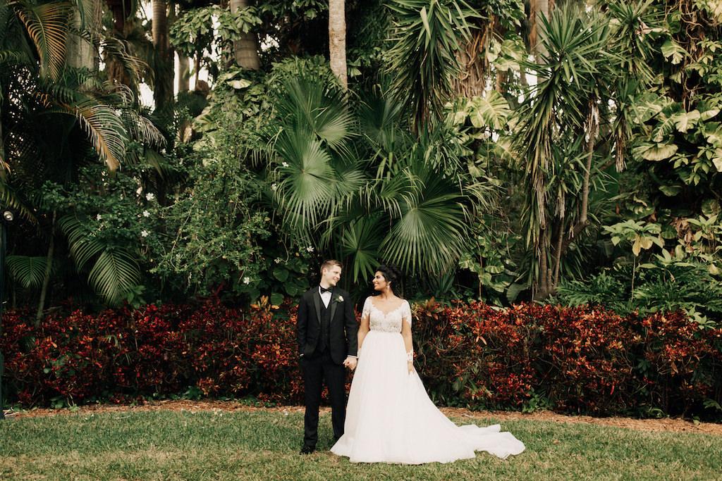 Bride and Groom Outdoor Wedding Portrait   St. Petersburg Venue The Sunken Gardens