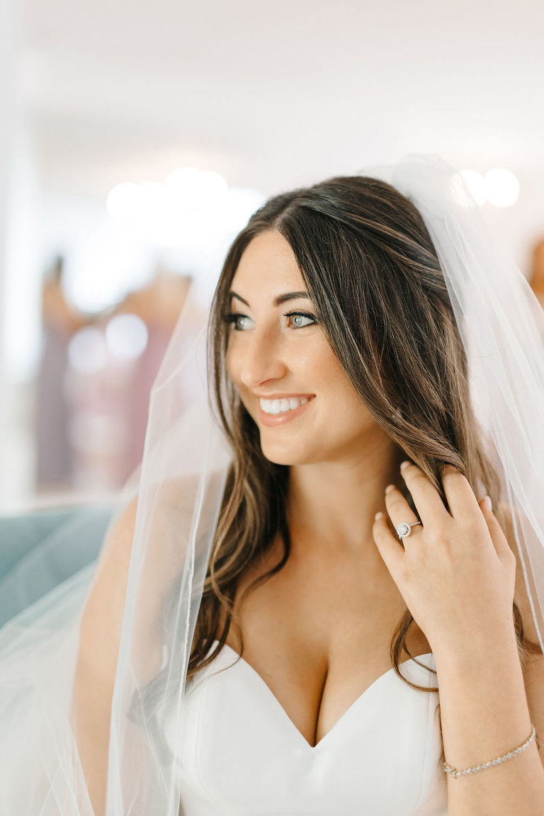 Bride Wedding Portrait in Veil with Natural Makeup and Relaxed Waxy Hair Down