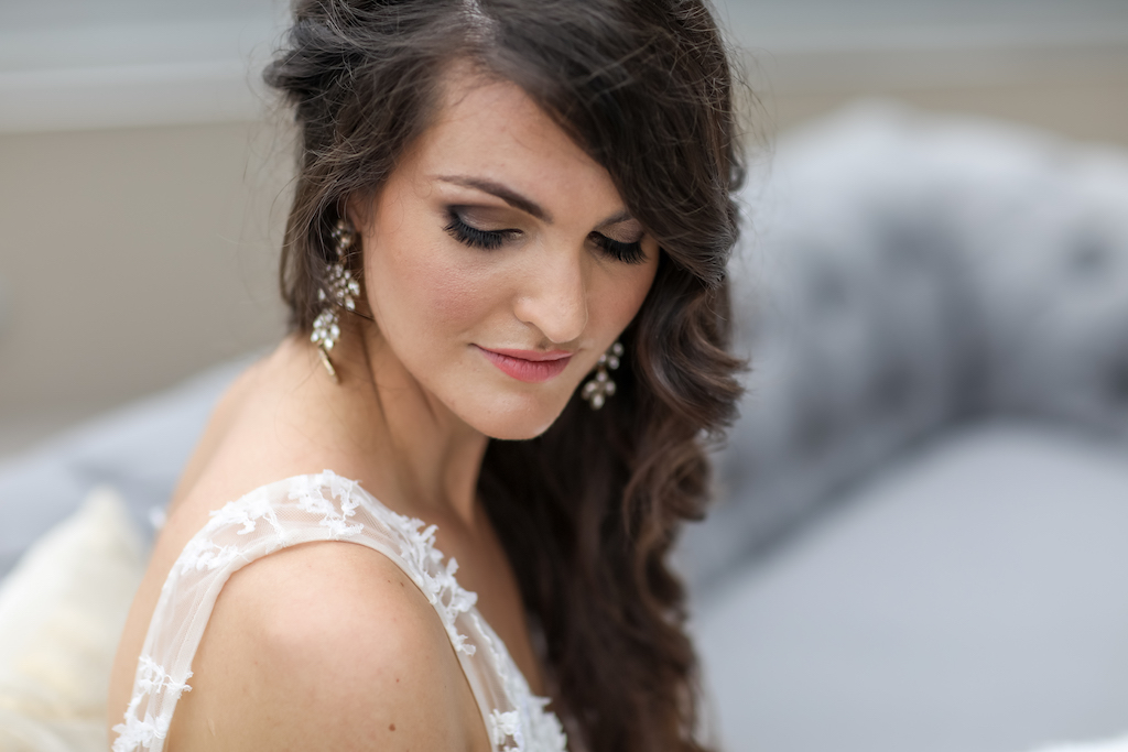 Bride Wedding Portrait, Wavy Hair Pulled to the Side, Smoky Eye Makeup | Tampa Bay Photographer Lifelong Photography Studios | Hair and Makeup LDM Beauty Group