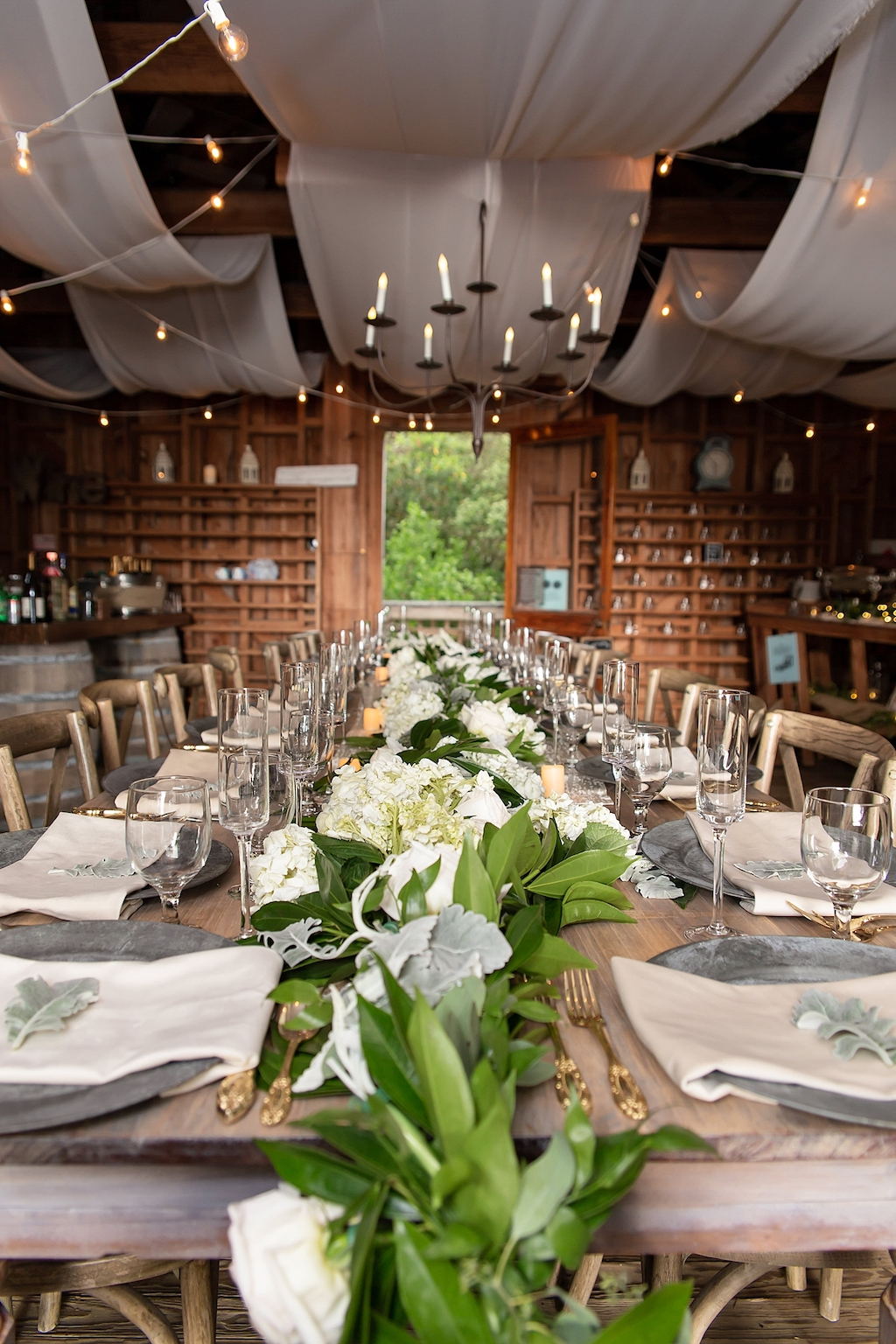 Intimate Sarasota Wedding   Sarasota Wedding Planner Laura Detwiler Events   Cat Pennenga Photography