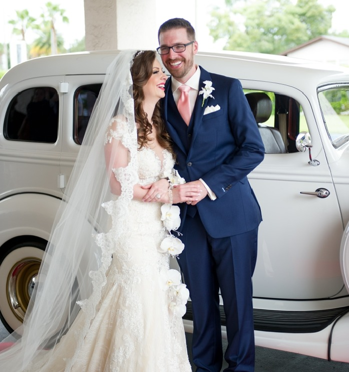 Tampa Bay Wedding Planner | Day of Wedding Planning Services in Tampa by Breezin' Weddings