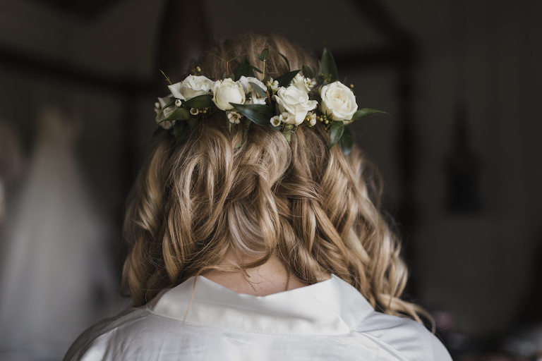 Florida Bride Bob Chic Wedding Hairstyle, Curls with Real White and Greenery Floral Wrap Around Headpiece | Tampa Bay WEdding Hair and Makeup Artist Michele Renee the Studio