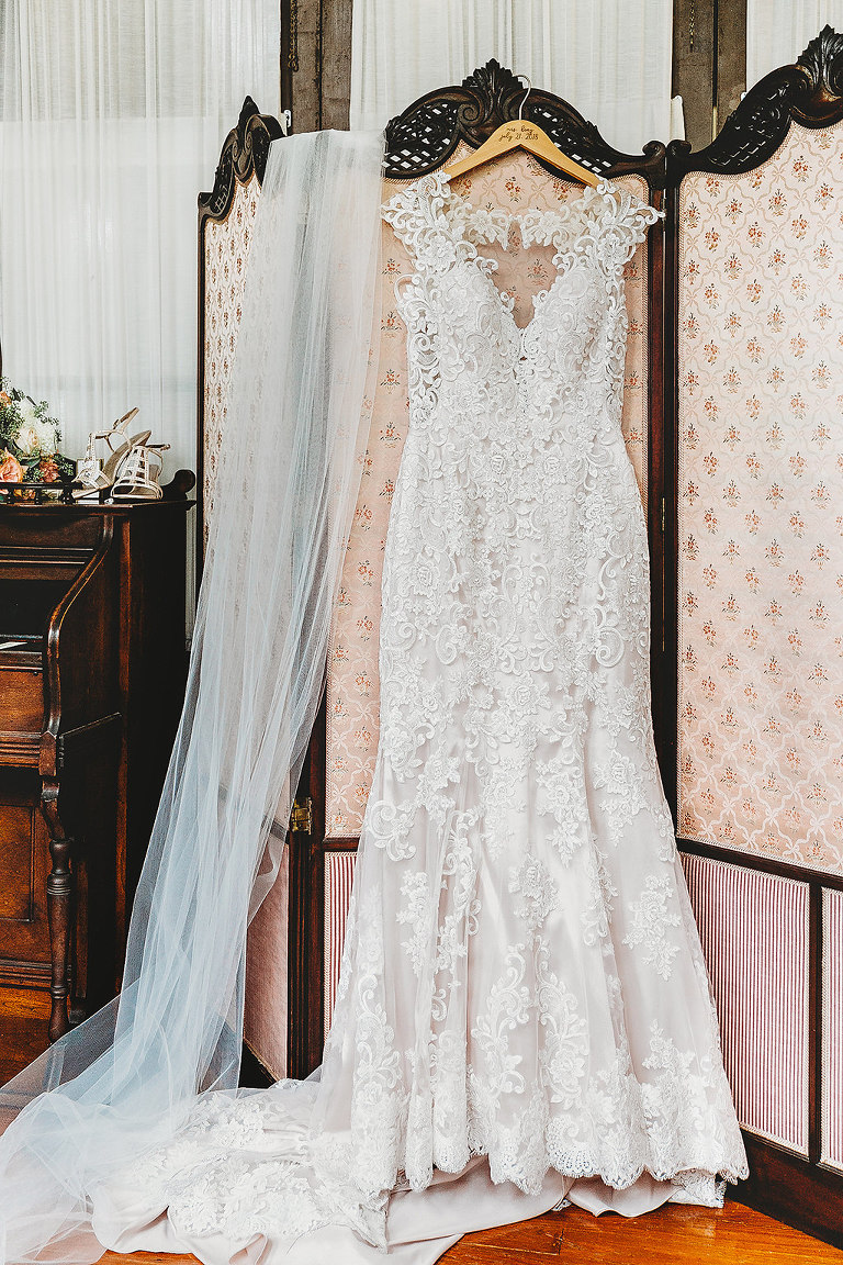 Lace V Neck Cap Sleeve Wedding Dress