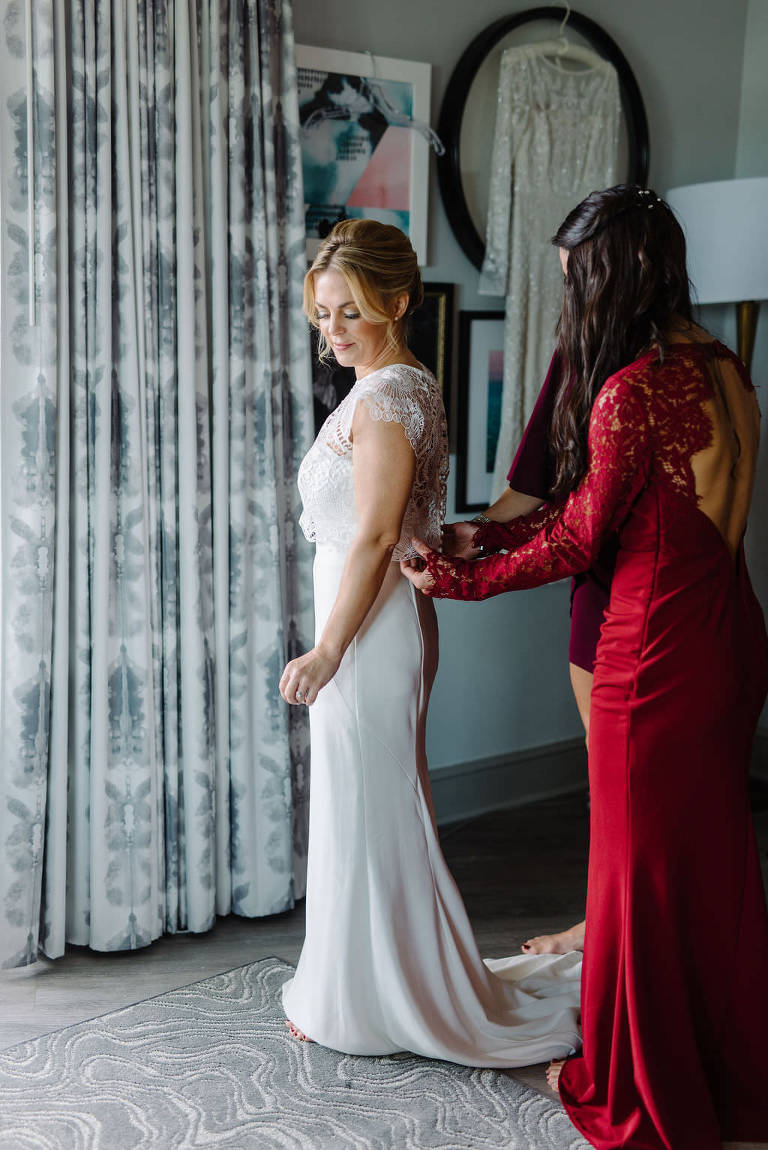 Bride Getting Ready Wedding Portrait | St. Pete Wedding Photographer Kera Photography | St. Pete Wedding Hair and Makeup Artist Michele Renee the Studio