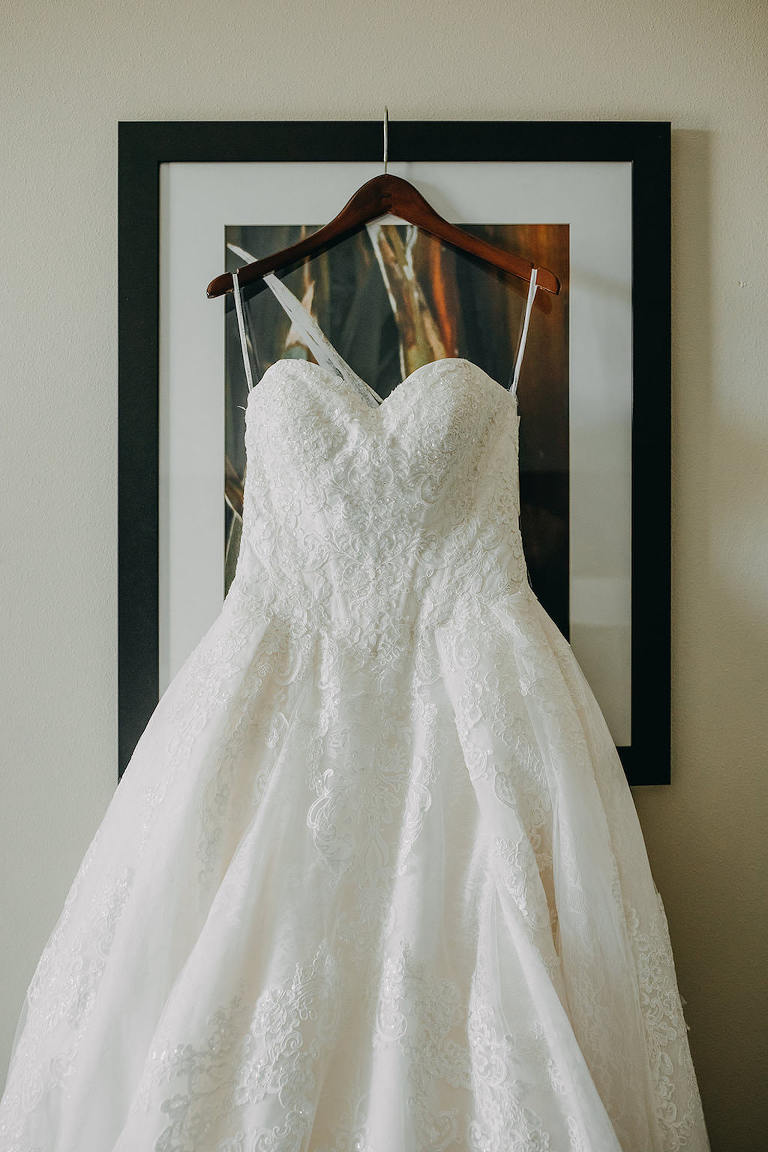David's Bridal Classic White Strapless Sweetheart Neckline Empire Waist Wedding Dress with Lace Overlay
