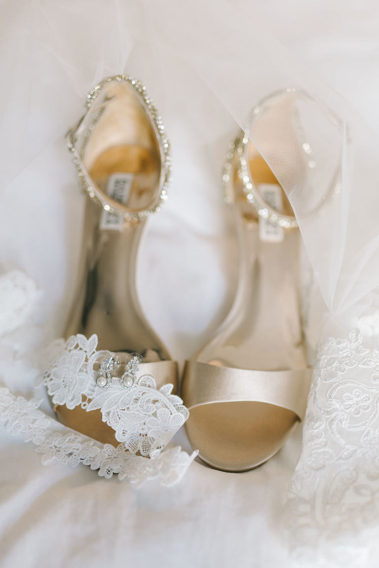 Gold and Sequin Strappy Sandal Wedding Shoes | Photographer Kera Photography