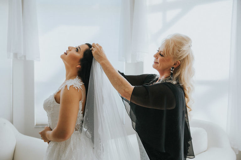 Florida Bride and Mother Getting Ready Photo, Putting on Veil