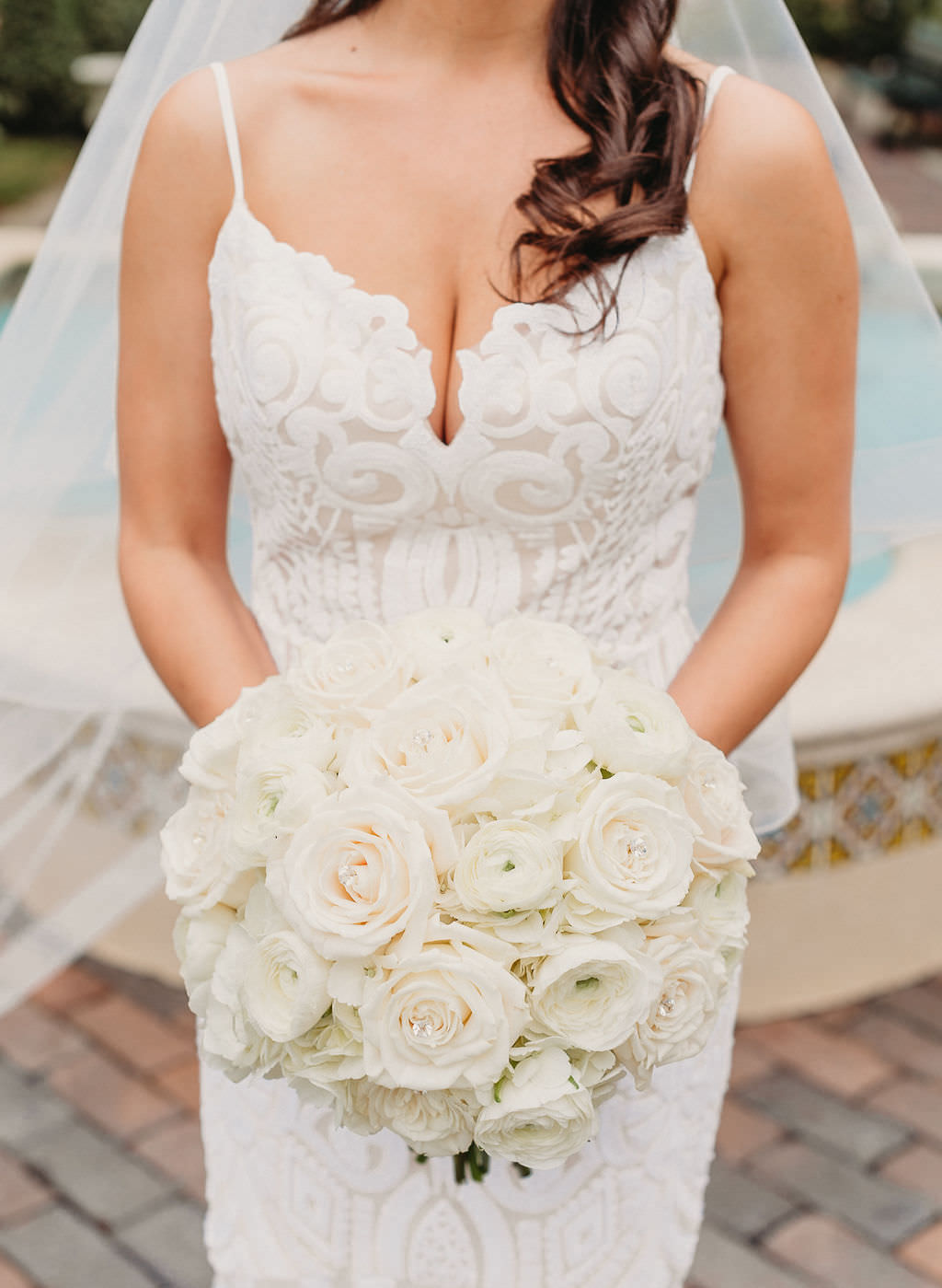 Classic Bride Wedding Portrait in Lace Spaghetti Strap Plunging Sweetheart Neckline Hayley Paige Wedding Dress with Traditional Round Ivory Rose and White Floral Bridal Bouquet