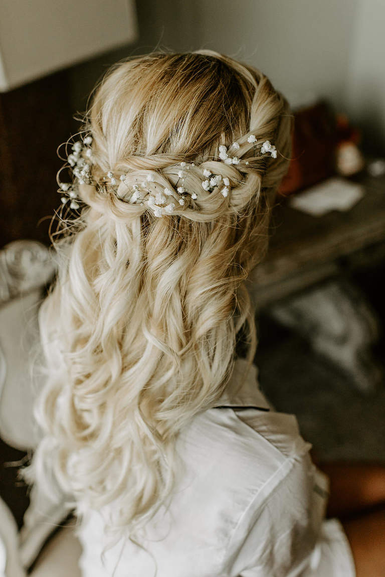 Florida Bride Getting Ready Wedding Portrait, Curled Half Updo with white Baby's Breathe Floral Accessory | Tampa Bay Wedding Hair and Makeup Femme Akoi