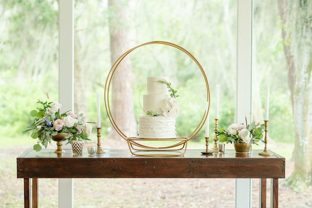 Tampa Wedding Cakes and Desserts | Tampa Bay Cake Company | Dusty Rose Styled Wedding Cake with Gold Loop Frame Accent