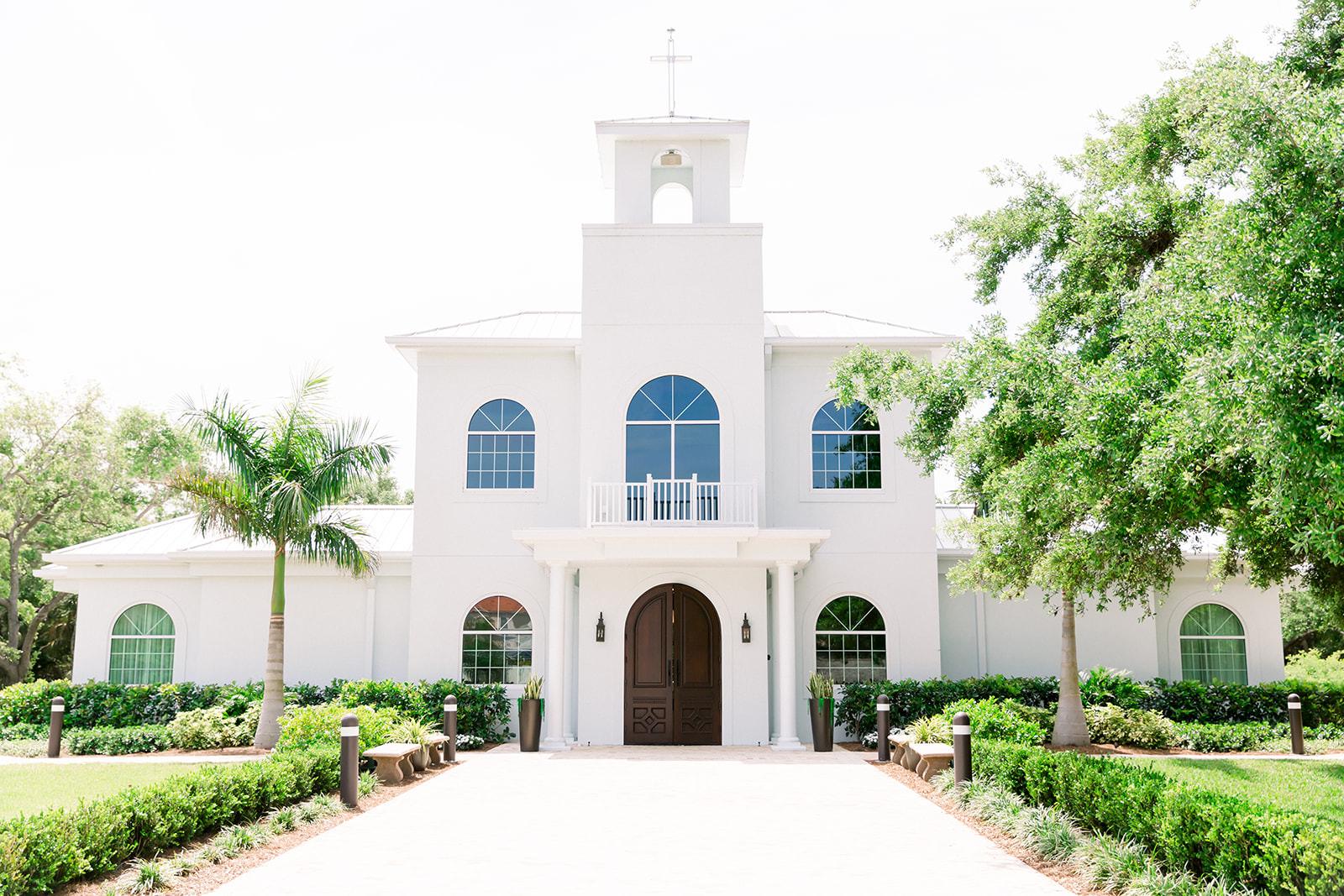 Florida Wedding Ceremony, Clearwater Boutique Wedding Venue Harborside Chapel | Tampa Bay Wedding Photographers Shauna and Jordon Photography
